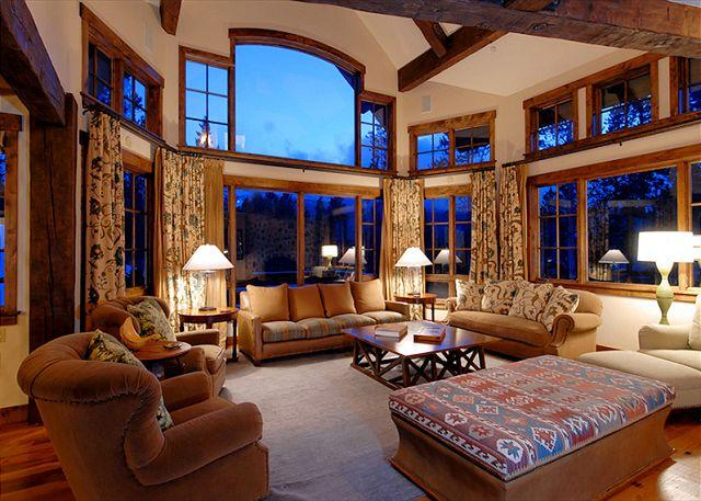 Chalet du Soleil Living - Luxurious Colorado Mountain Ski Home located in Shock Hill - Breckenridge - rentals