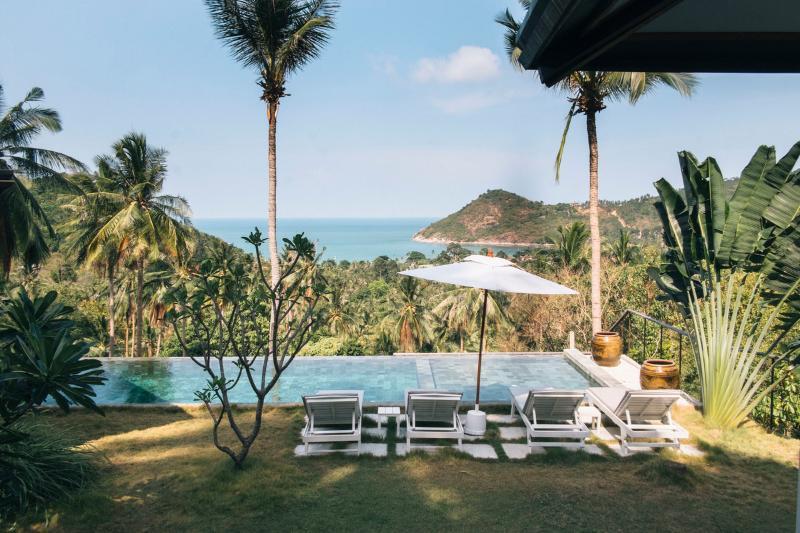 Pool and view - Sea-View Villas with Spectacular Pool -- Narivana - Koh Phangan - rentals