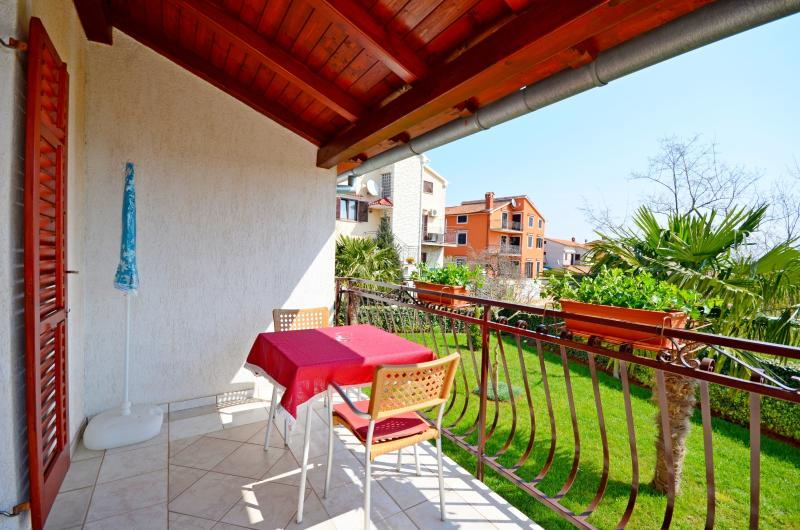 Apartments Milan - 75651-A2 - Image 1 - Rovinj - rentals
