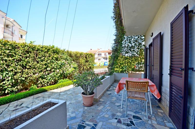 Apartments Milan - 75651-A3 - Image 1 - Rovinj - rentals