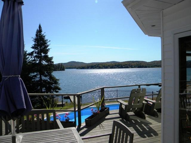 Magnificent Lakefront home Mt. Tremblant Region. - Image 1 - Mont Tremblant - rentals