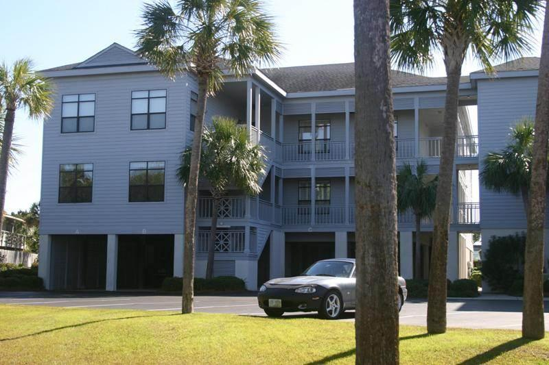 Inlet Point 20B - Image 1 - Pawleys Island - rentals