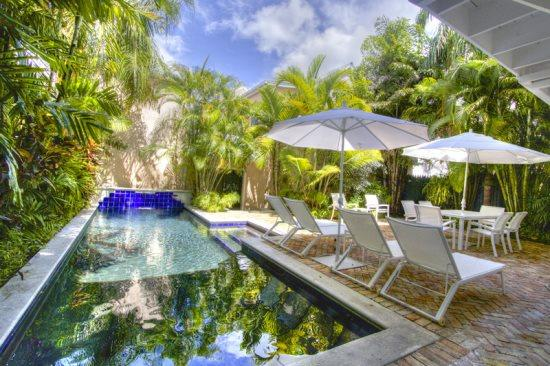 Cloud 9 5 star luxury with private courtyard, pool, off street parking - Cloud 9-Private Pool - 1/2 Block from Duval - Five Star Luxury - Parking - Key West - rentals