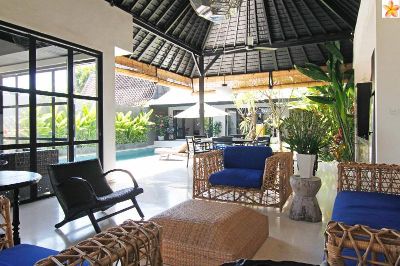 Smart Villa in a great location - 10 meter pool - Image 1 - Canggu - rentals