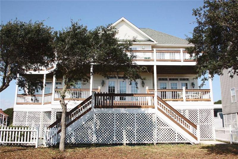 Point of View 406 Ocean Drive - Image 1 - Oak Island - rentals