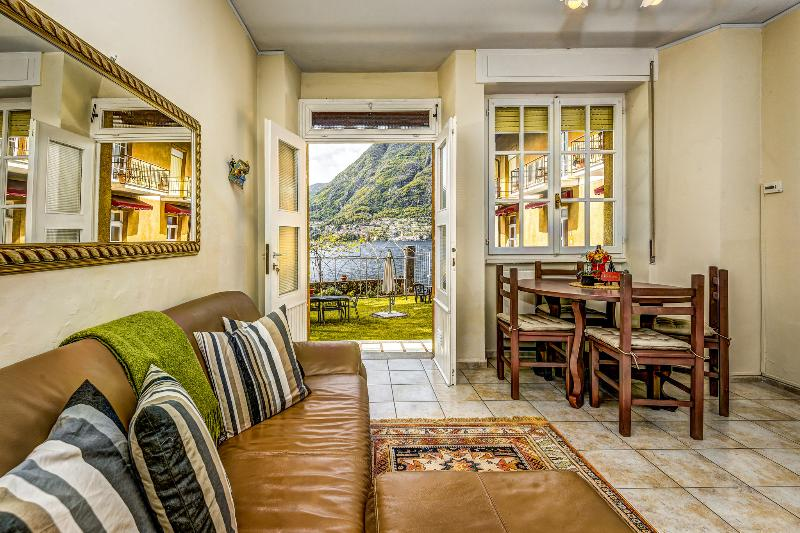 Beautiful Villettas of Lake Como Beach Resort with amazing views of Lake Como - BEACHFRONT VILLA -  Paradiso  -  Lake Views - Lake Como - rentals