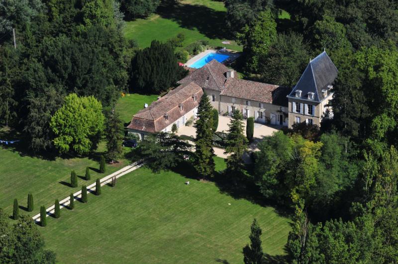 Chateau De Simon - Image 1 - Lalandusse - rentals