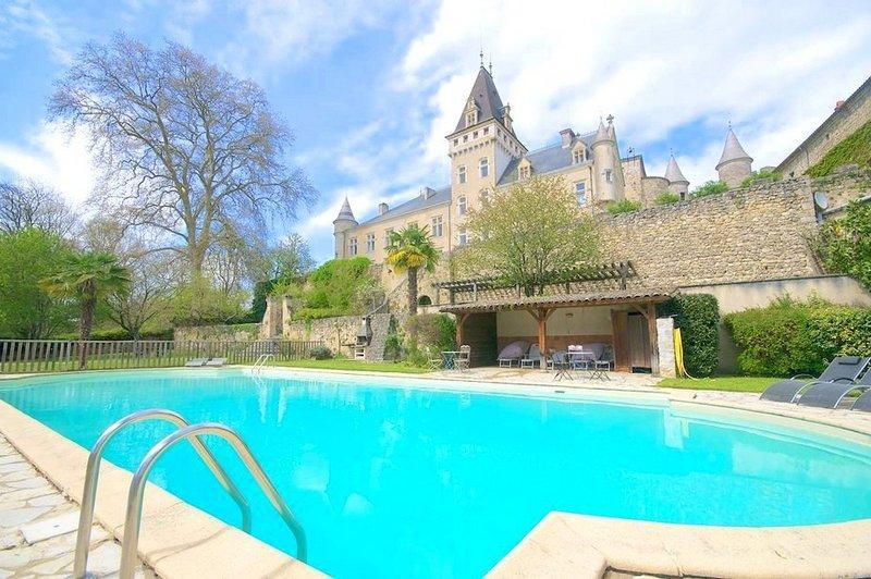 Chateau De Lys - Image 1 - Reaup-Lisse - rentals