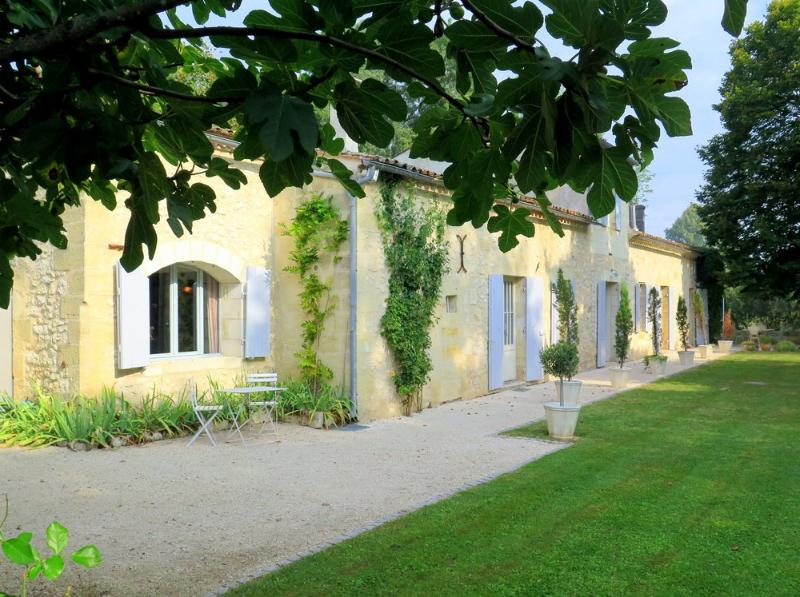 Villa Le Priotlet - Image 1 - Flaujagues - rentals