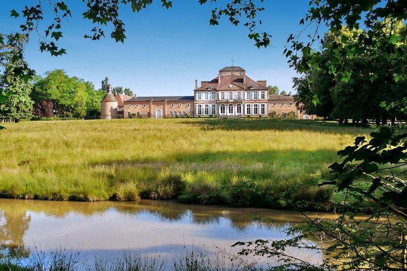 Chateau Auguste - Image 1 - Lurcy-Levis - rentals