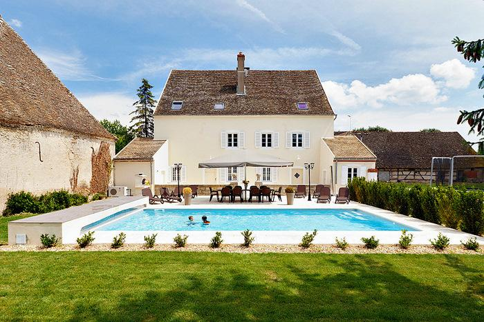 Maison Sanieres - Image 1 - Navilly - rentals