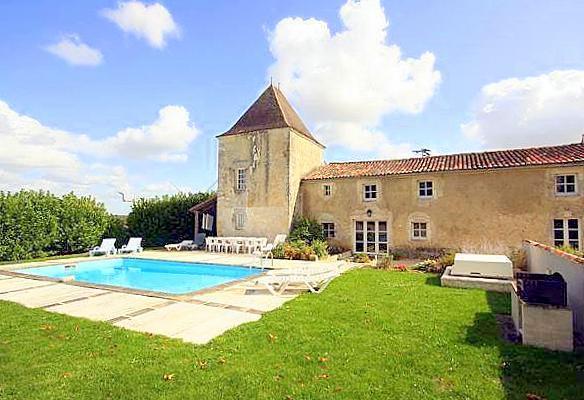 Etables St Surin - Image 1 - Bougneau - rentals