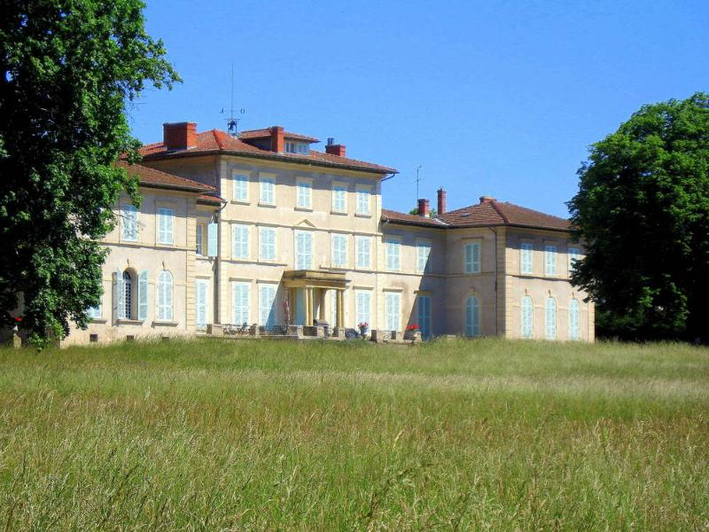 Chateau Beaurive 15 - Image 1 - France - rentals