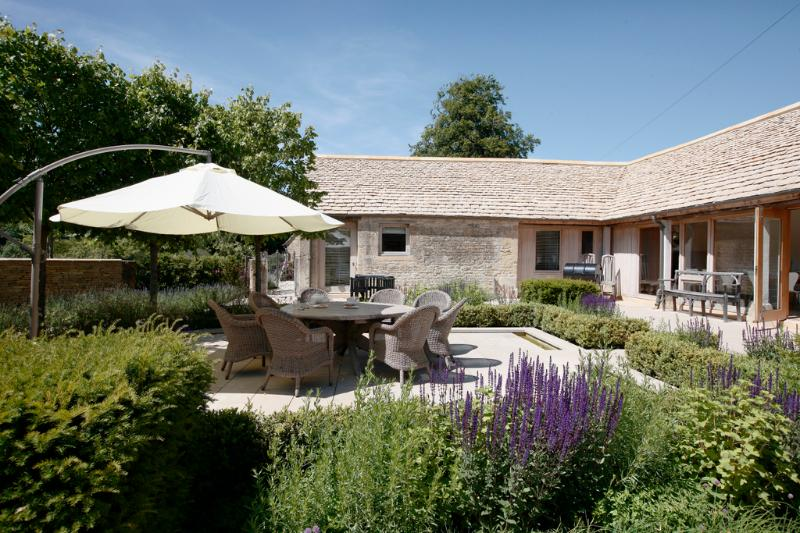 Cotswold Manor Estate - Image 1 - Cotswolds - rentals