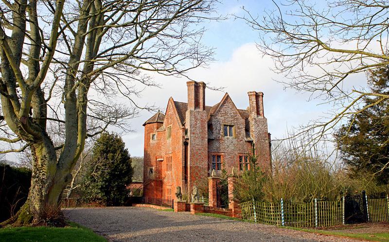 Upton Gatehouse - Image 1 - Upton Cressett - rentals