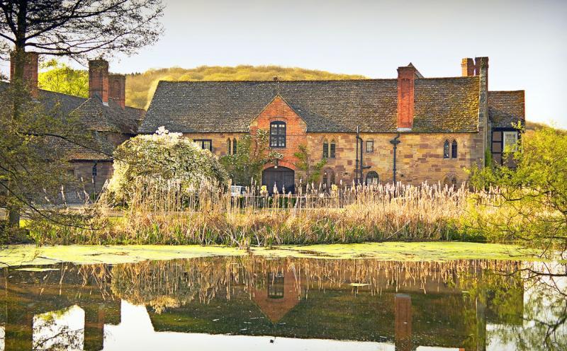 Gamekeeper Cottage - Image 1 - Burghill - rentals