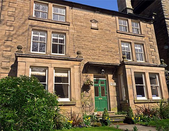 Knowles House - Image 1 - Peak District - rentals