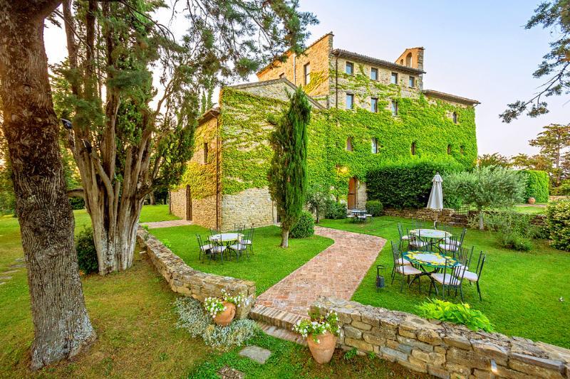 Villa Bastia - Image 1 - Umbertide - rentals
