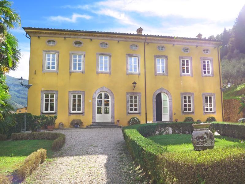Villa Lucchese - Image 1 - Vorno - rentals