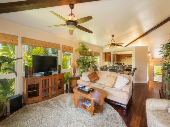 living room  - Villas of Kamali`i #20 - Beautiful townhouse with a stunning interior, two master bedrooms, A/C in gated community. Sleeps 6. - Princeville - rentals