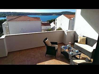 B9(4+2): terrace - 4421 B9(4+2) - Milna (Brac) - Milna (Brac) - rentals