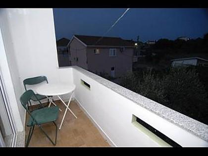 A4(4): terrace - 4930 A4(4) - Kukljica - Kukljica - rentals