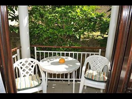 A2(2+1): terrace - 5170 A2(2+1) - Podstrana - Podstrana - rentals
