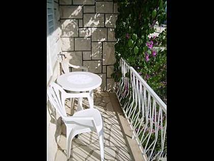 A4(3): terrace - 5178 A4(3) - Omis - Central Dalmatia - rentals