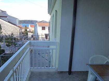 A3(4): covered terrace - 00412OKRG  A3(4) - Okrug Gornji - Okrug Gornji - rentals