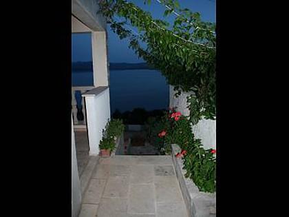 Pia (2+2): terrace view - 5349 Pia (2+2) - Murvica - Bol - rentals