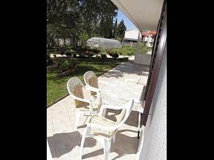 A1 Veliki donji (3+1): terrace - 5482 A1 Veliki donji (3+1) - Posedarje - Posedarje - rentals