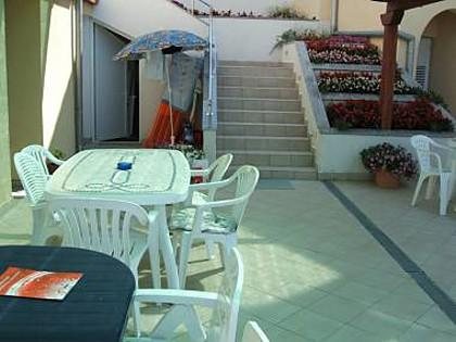 courtyard (house and surroundings) - 5485 A3(3+2) - Ljubac - Zadar County - rentals