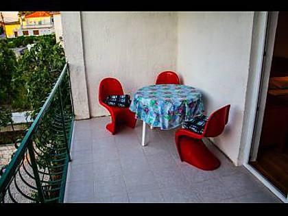 A4(2+1): terrace - 5569  A4(2+1) - Okrug Donji - Okrug Donji - rentals