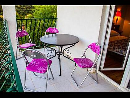 A5(2+2): terrace - 5569  A5(2+2) - Okrug Donji - Okrug Donji - rentals
