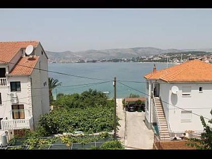A1(2+1): terrace view - 5590  A1(2+1) - Okrug Gornji - Okrug Gornji - rentals