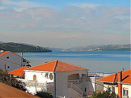 A2(4): terrace view - 01112OKRG A2(4) - Okrug Gornji - Okrug Gornji - rentals