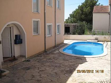 swimming pool (house and surroundings) - 5616 A1(2+2) - Milna (Brac) - Milna (Brac) - rentals