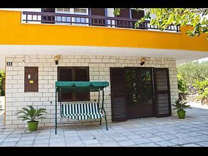 A1(4): terrace - 5763 A1(4) - Slatine - Slatine - rentals