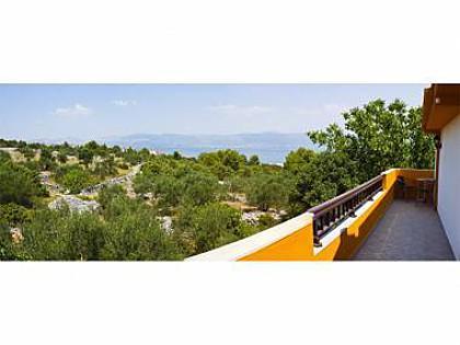 A3(4): terrace - 5763 A3(4) - Slatine - Slatine - rentals