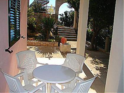 A1 prizemlje(4): garden terrace - 01413PODG  A1 prizemlje(4) - Podgora - Podgora - rentals