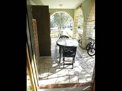 A3(3): covered terrace - 5999 A3(3) - Vrsi - Vrsi - rentals