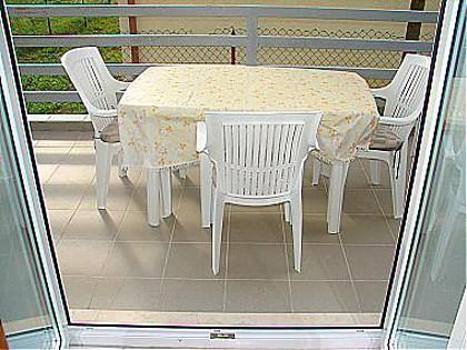 A2(2+2): terrace - 00109DRAT  A2(2+2) - Dugi Rat - Dugi Rat - rentals