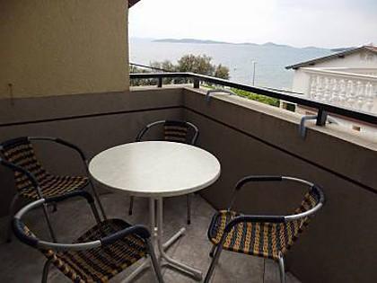 A2(2+2): terrace - 7255 A2(2+2) - Vodice - Vodice - rentals