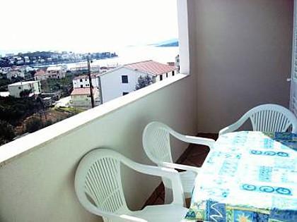 A2(4+1): terrace - 8124 A2(4+1) - Seget Vranjica - Seget Vranjica - rentals