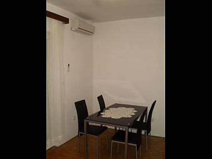 A1(4): dining room - 8303  A1(4) - Sibenik - Sibenik - rentals