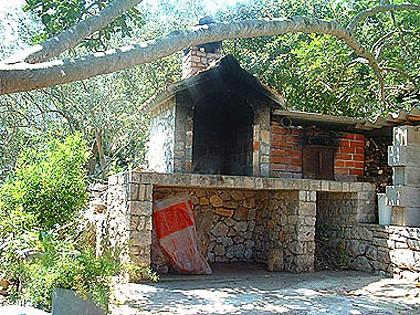 grill (house and surroundings) - 011-04-ROG A1(3+1) - Rogac - Rogac - rentals