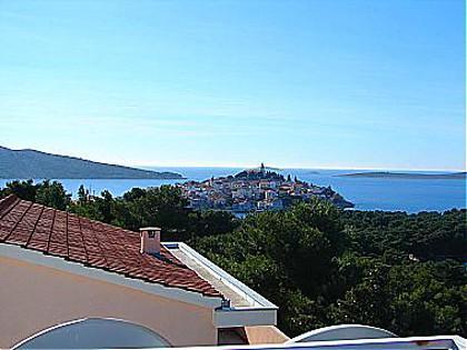 view (house and surroundings) - 00306PRIM R1(2) - Primosten - Primosten - rentals