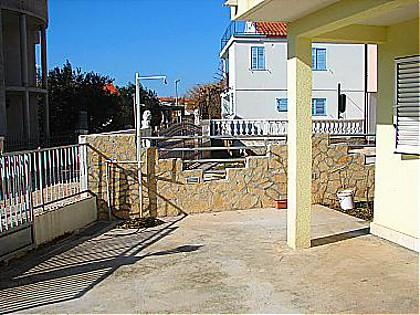 courtyard (house and surroundings) - 0706ROGO A3(4+1) - Rogoznica - Rogoznica - rentals