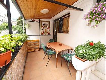 SA2(3+1): terrace - 00309OMIS SA2(3+1) - Omis - Central Dalmatia - rentals