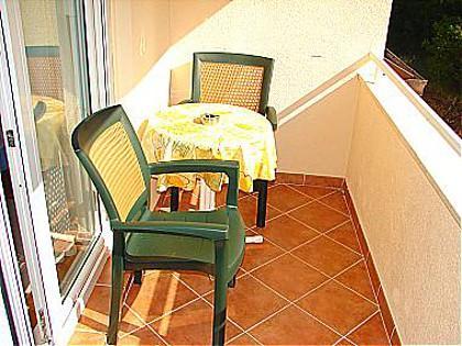 A2(2+2): terrace - 01713BVOD  A2(2+2) - Baska Voda - Baska Voda - rentals
